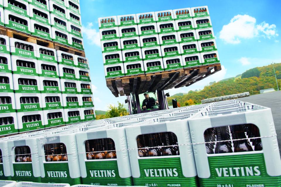 Rasanter Flaschenbierzuwachs  bei Veltins kann historischen Fassbierverlust abfedern